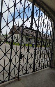 Eingang zum KZ-Dachau.
